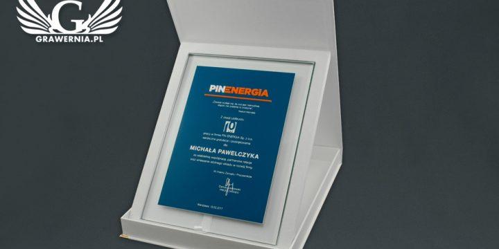 Dyplom szklany z wypukłym akrylowym logotypem